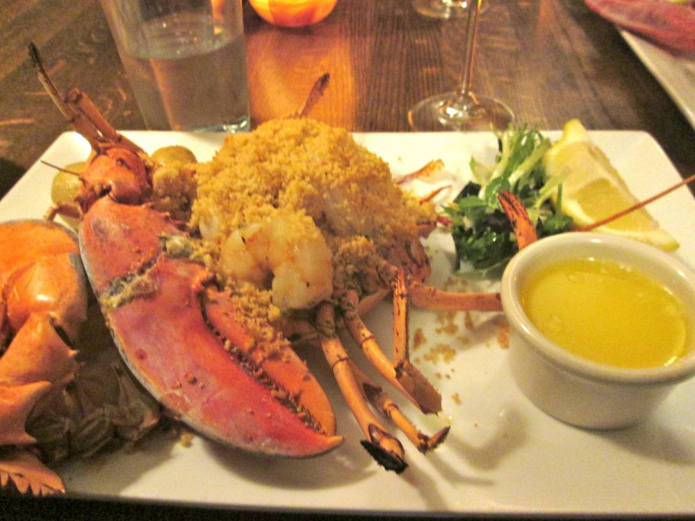 I had baked lobster stuffed with scallops and shrimps, and The Russian had boiled whole lobster.  Both great choices.